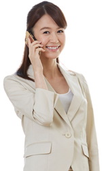 大阪あびこ鍼灸院一心治療院に電話をしている女性