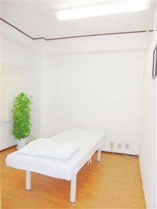 一心治療院治療ベッド1