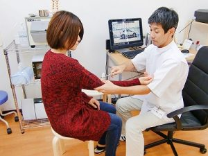 頚椎ヘルニア反射検査画像